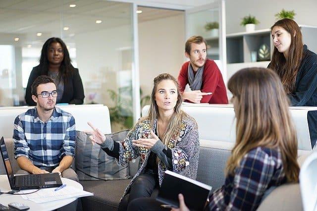 企業の法務部に求められるのは「コミュニケーション力」