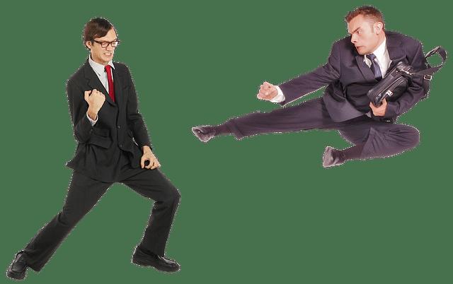 【つらいポイント2】営業担当者と「争う」場面が発生する。