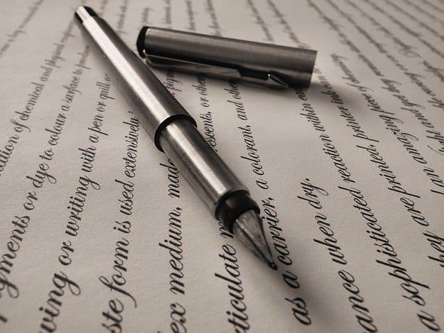 【つまらないポイント1】ひたすら契約書を読む毎日の法務